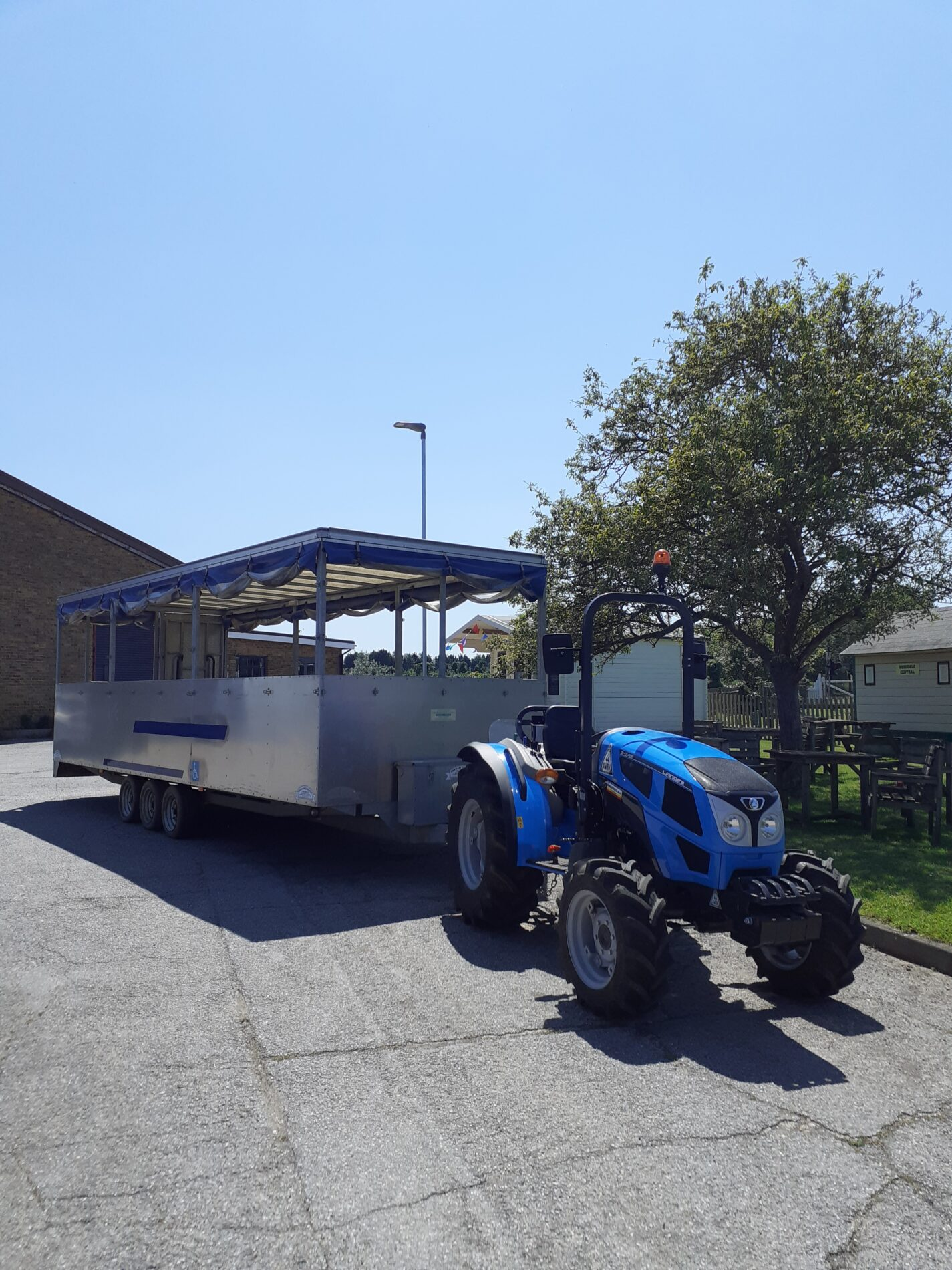 Brogdale Tractor Tours